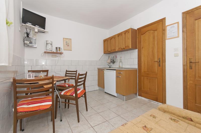 Apartments Ljubica - 23951-A1 - Image 1 - Rogoznica - rentals