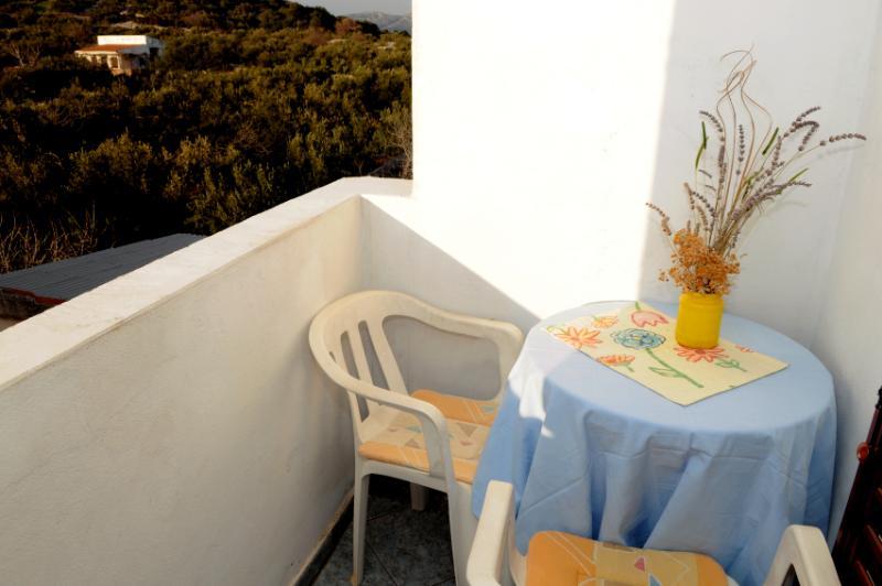 R2 Mala(2): balcony - 2590  R2 Mala(2) - Murter - Murter - rentals