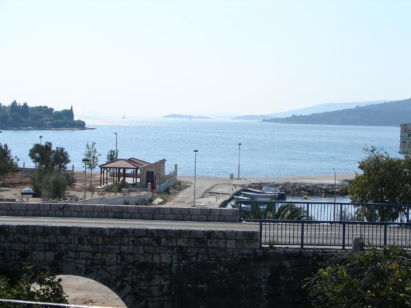 A1(5): terrace view - 01107SEGV A1(5) - Seget Vranjica - Seget Vranjica - rentals