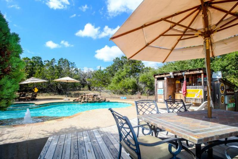 Dog-friendly property w/shared pool, hot tubs & outdoor kitchen! - Image 1 - Dripping Springs - rentals