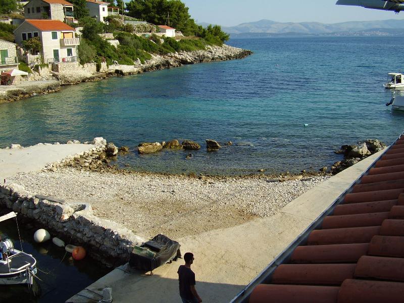 H(4): beach - 2690 H(4) - Cove Donja Krusica (Donje selo) - Cove Donja Krusica (Donje selo) - rentals