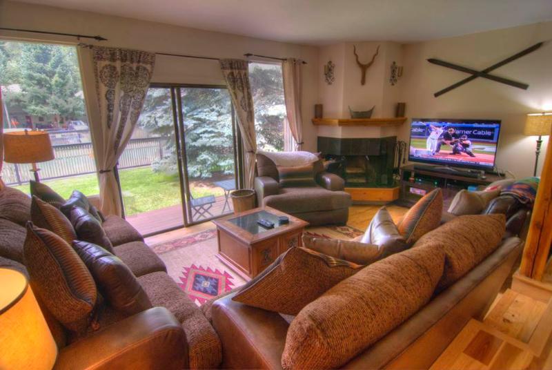 Ptarmigan Townhomes 28, 3BD+den - Image 1 - Vail - rentals