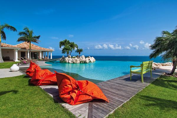 Scenic, secluded villa minutes from Plum Bay beach. C BET - Image 1 - Terres Basses - rentals
