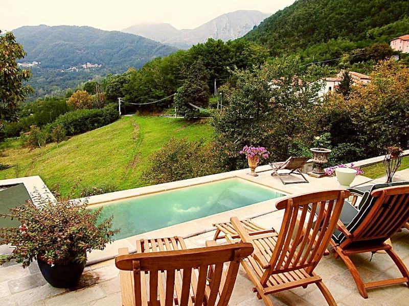 View over Plunge Pool - Villa in Guzzano, Bagni di Lucca, Tuscany, Italy - Bagni Di Lucca - rentals