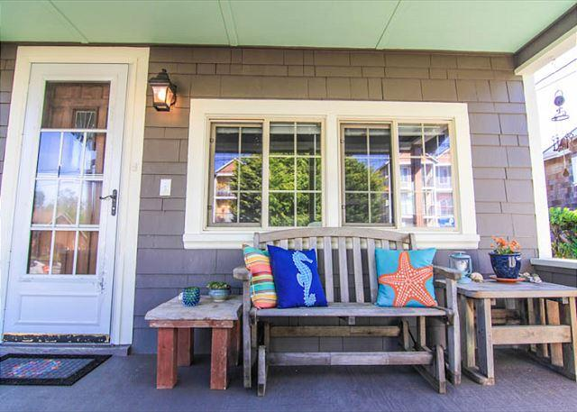 Captain Over-Keel, A Short Walk to the Beach - Image 1 - Lincoln City - rentals