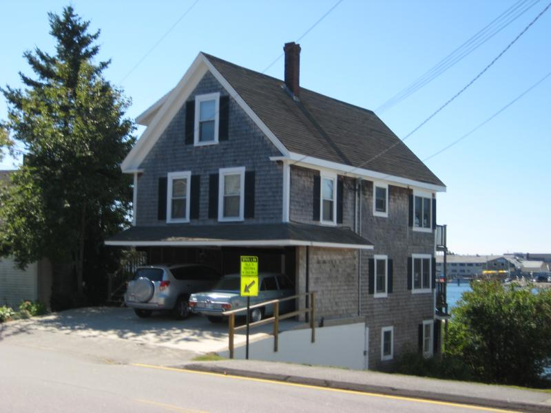 Waterfront Condo in Boothbay Harbor - Image 1 - Boothbay Harbor - rentals