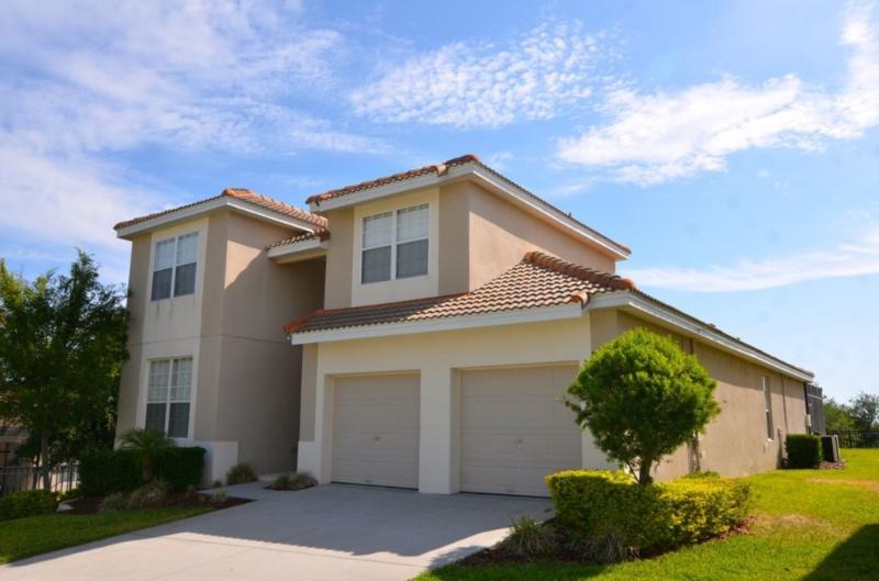 5Bed/5Bath Pool Home 2Miles to Disney! Frm $150nt - Image 1 - Orlando - rentals