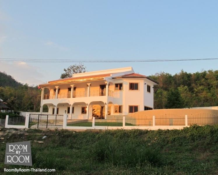 Villas for rent in Hua Hin: V6197 - Image 1 - Hua Hin - rentals
