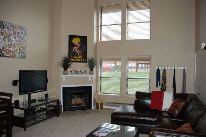 Great location and comfortable accommodations with beautiful views. - Image 1 - Eden - rentals