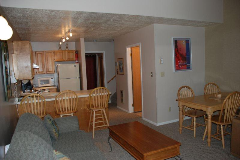 Living Room  Kitchen - Vacation Condo with Views of Snowbasin and Pineview Lake at Wolf Creek Utah Resort - Eden - rentals