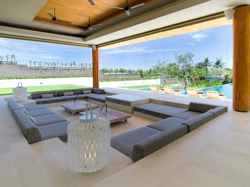 The Iman Villa - Living room overlooking the pool - The Iman Villa - an elite haven - Canggu - rentals