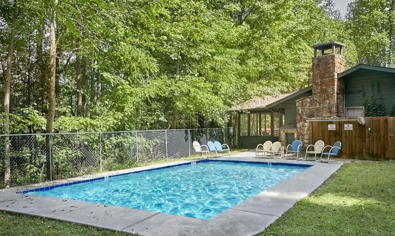 Hidden Point Lodge - Image 1 - Gatlinburg - rentals