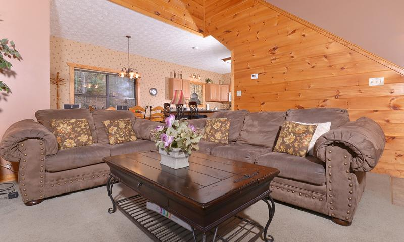 Hillside Escape - Image 1 - Gatlinburg - rentals
