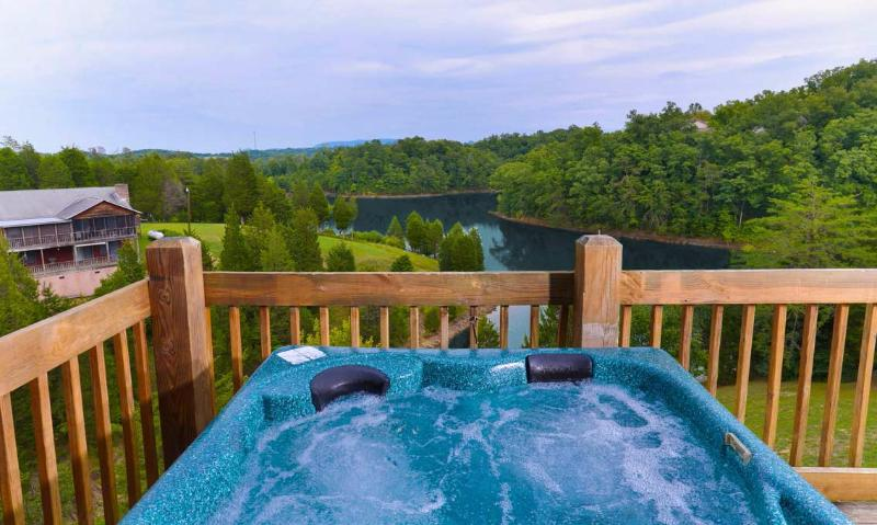 Lakeside Mountain Hideaway - Image 1 - Sevierville - rentals