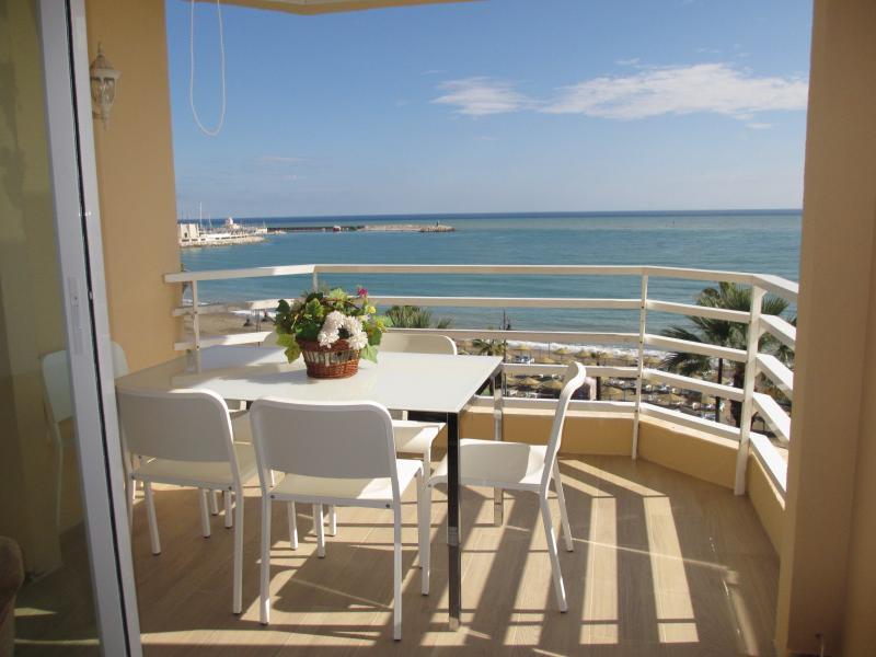 Terrace - Rentcostadelsol Benalmadena-Pto Marina - Malaga - rentals