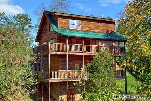 Logged Out - LOGGED OUT - Pigeon Forge - rentals
