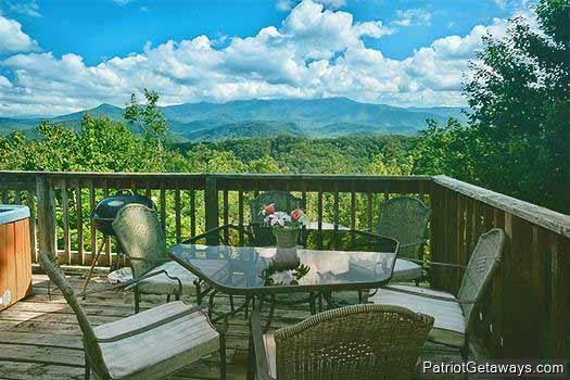 Patio Table and Smoky Mountain View at Mountain Dreams - MOUNTAIN DREAMS - Pigeon Forge - rentals