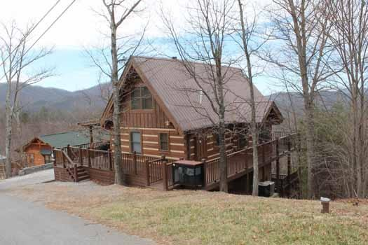 Exterior Front View of Smoky Mountain Memories - SMOKY MOUNTAIN MEMORIES - Sevierville - rentals