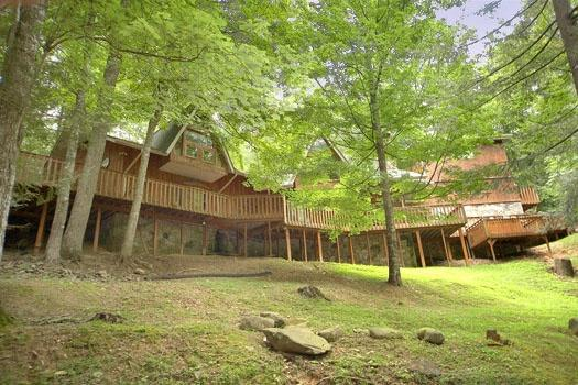 Exterior Back View at Stonegate Manor - STONEGATE MANOR - Gatlinburg - rentals