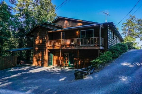 Breezy Mountain Lodge - BREEZY MOUNTAIN LODGE - Pigeon Forge - rentals