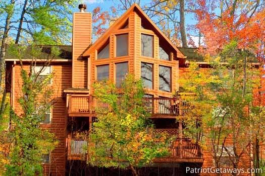 Exterior Rear View at Smoky Mountain Lodge - SMOKY MOUNTAIN LODGE - Gatlinburg - rentals