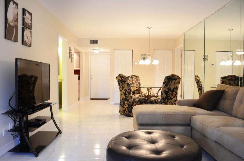 Fall $pecials - Silver Beach Condominium #124 River View - Image 1 - Daytona Beach - rentals