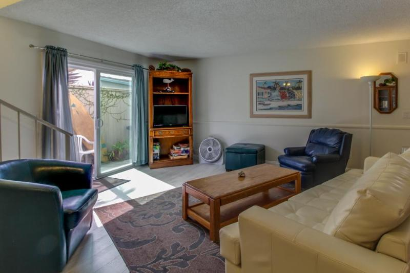 Quaint beach home - short walk to the ocean and downtown San Clemente - Image 1 - San Clemente - rentals