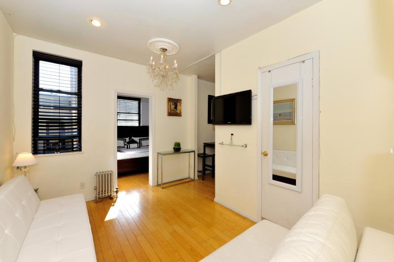 Elegant  2 Bedroom in Chelsea - Image 1 - New York City - rentals