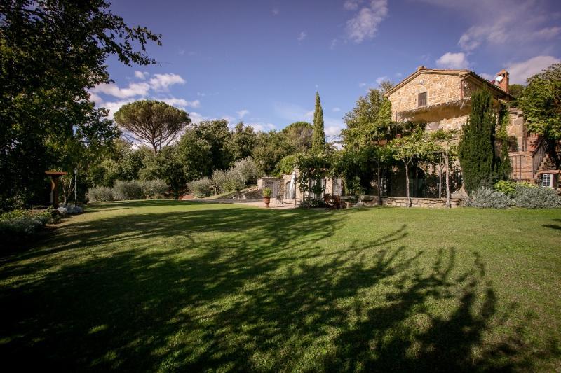 Villa Pino | Rent Villas in Italy - Image 1 - Cortona - rentals