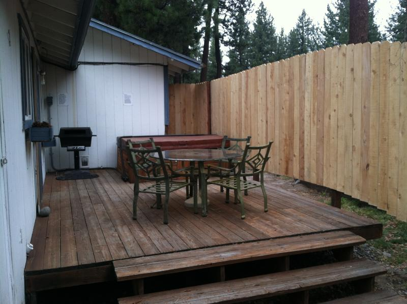Deck, BBQ & Hot Tub - Perfect Location! - South Lake Tahoe - rentals