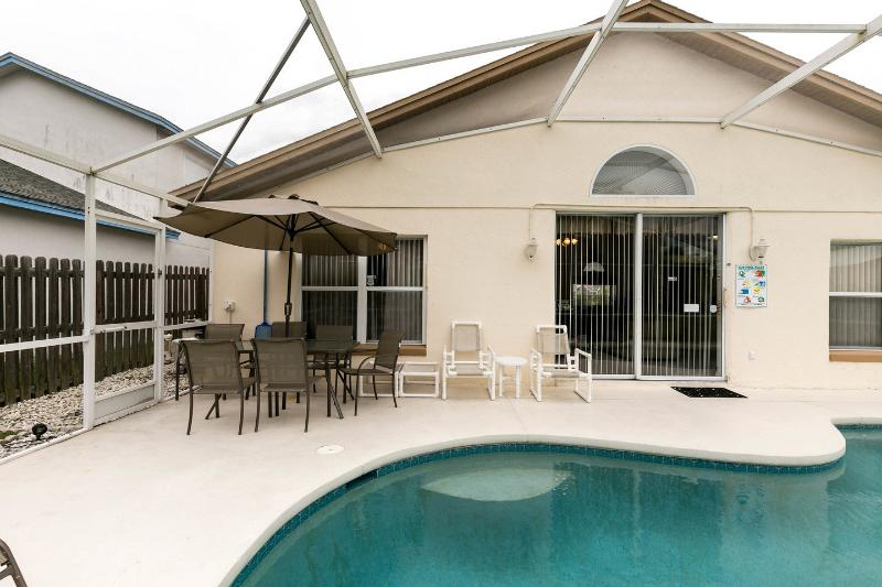 The Pool - 4 Bedroomed Luxury Villa 4 miles from Disney - Kissimmee - rentals