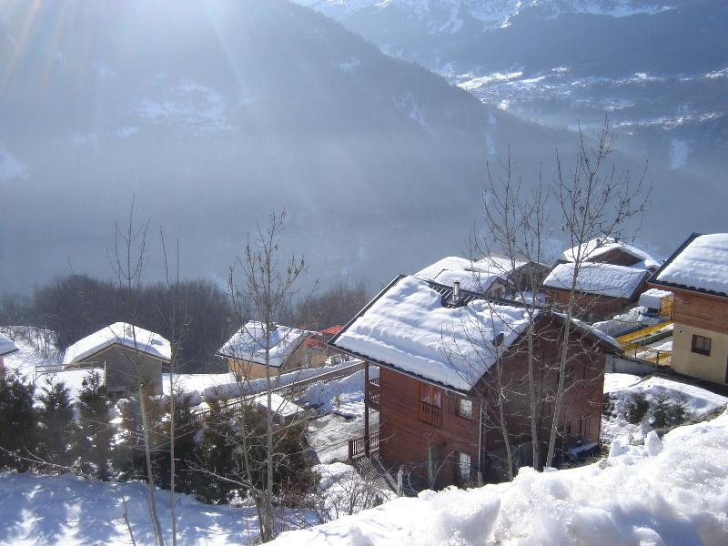 Sunny 6 bedroom Chalet, 8 double beds, sleeps 12-16 in comfort - Start of Meribel Valley on right. - Ski Chez Helene La Plagne, Courchevel or Meribel - Champagny-en-Vanoise - rentals