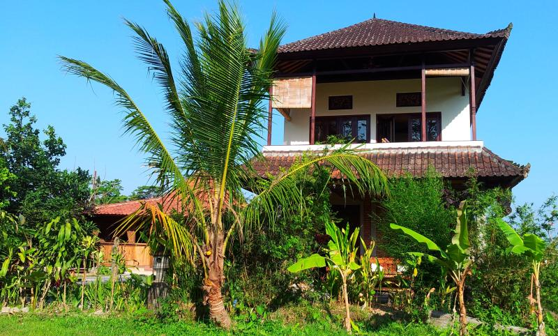 Sunset View of 2 bedroom SUNSET SUITE - Family 2 bedroom Country Home near Ubud- WIFI, Pool, Kitchen, Marble Bathroom - Ubud - rentals