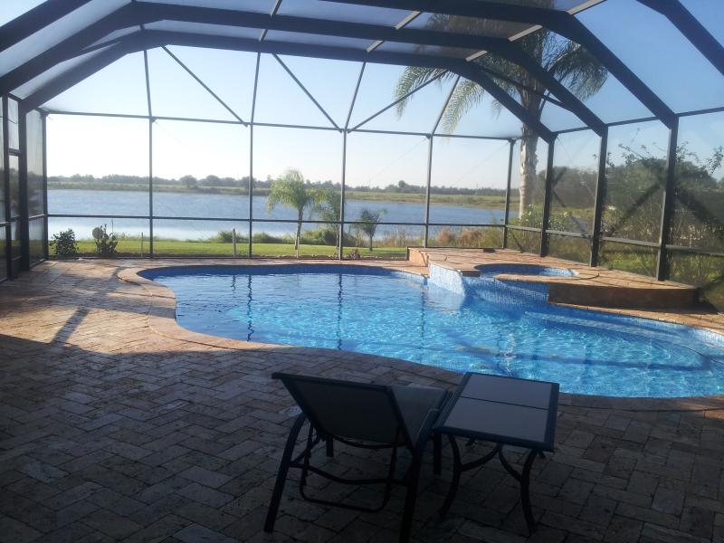 Great Location,. 4000sq ft home overlooking lake - Luxury 5 Bedroom Villa overlooking lake and Pool - Orlando - rentals