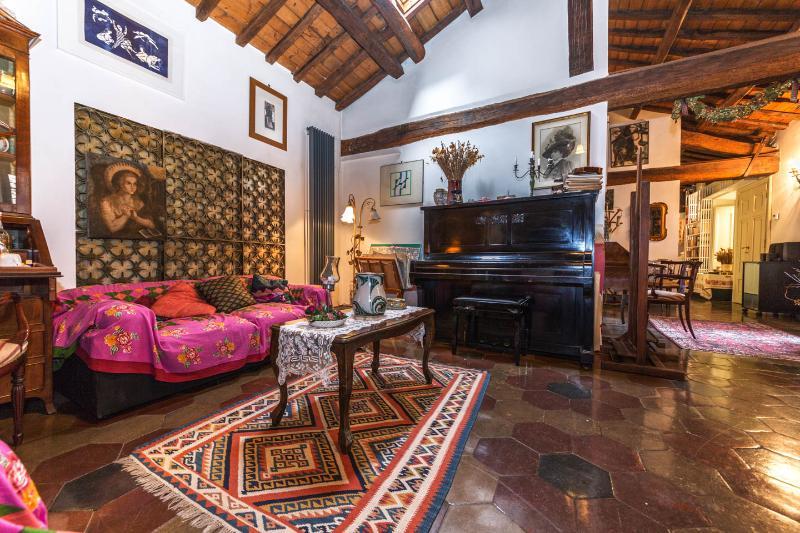 Casa Laura, quaint and stunning !!! - Image 1 - Vatican City - rentals