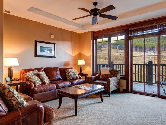 Two Bedrooms Plus Den & 2 Baths in Crystal Peak Lodge - New Luxury on Peak 7 Facing the Slopes - Image 1 - Breckenridge - rentals