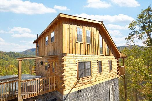 Front Exterior View at Shy Bear - SHY BEAR - Pigeon Forge - rentals