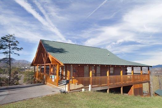 Bear Country - BEAR COUNTRY - Pigeon Forge - rentals