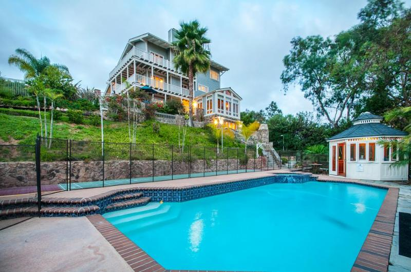 Deluxe estate for 9 w/ ocean views, pool, hot tub, and more - Image 1 - Encinitas - rentals