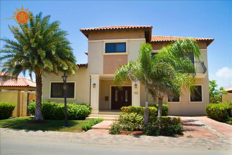 4 Bedroom Villa - Diamante 162 - Image 1 - Noord - rentals
