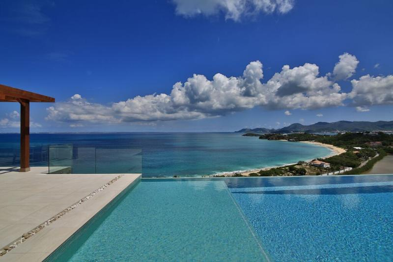 Amandara, 5 BR Luxury vacation rental villa ...Terres Basses, St Martin... 800 480 8555 - AMANDARA... WOW! Gorgeous, modern, and luxurious with breathtaking views! - Terres Basses - rentals
