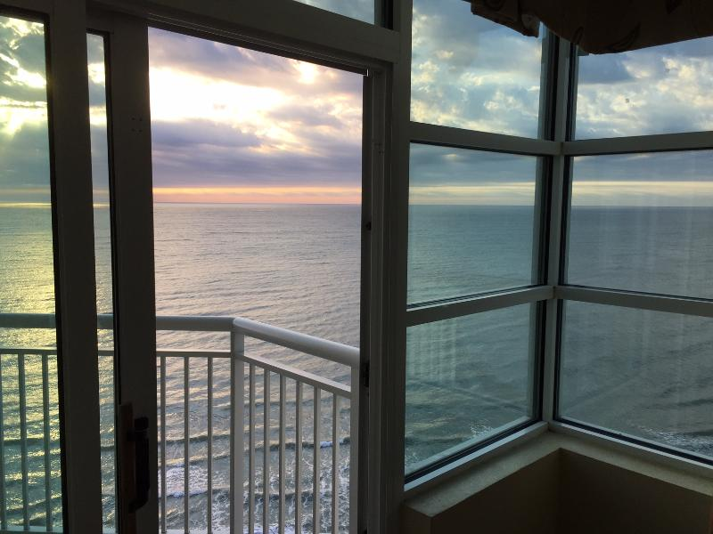 sunrise in oct from bedroom - Spectacular 2 bedroom oceanfront - Myrtle Beach - rentals