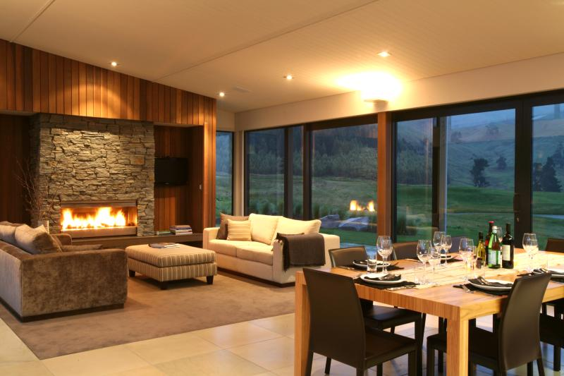 Luxurious living spaces and highest quality finishings. - Luxury 4 Bedroom home - perfect family retreat - Taupo - rentals