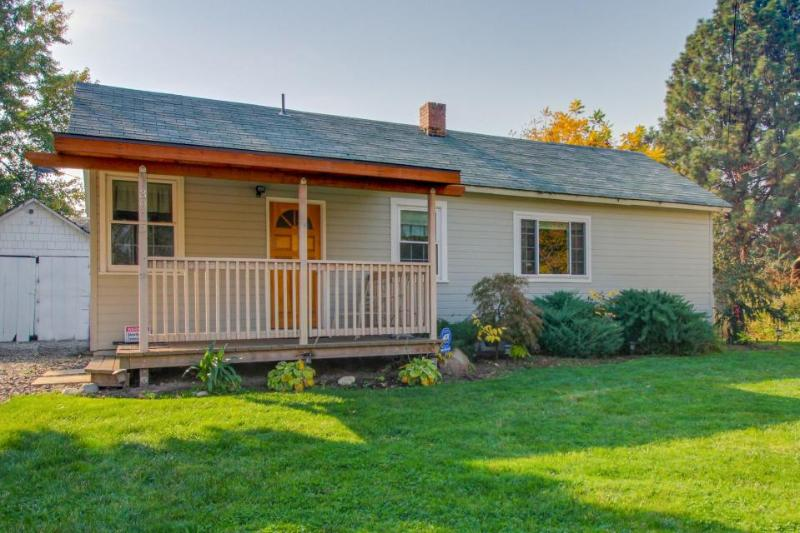 Charming & historic dog-friendly retreat near the Boise River Greenbelt! - Image 1 - Boise - rentals