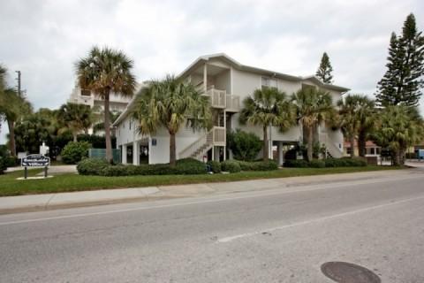 Indian Rocks Beach, Florida condo/vacation rental -Two bedroom, two bathroom - 103b  Beachside Villas - Indian Rocks Beach - rentals