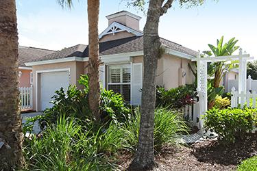 Front Elevation - Villa in Sterling Oaks - Naples - rentals