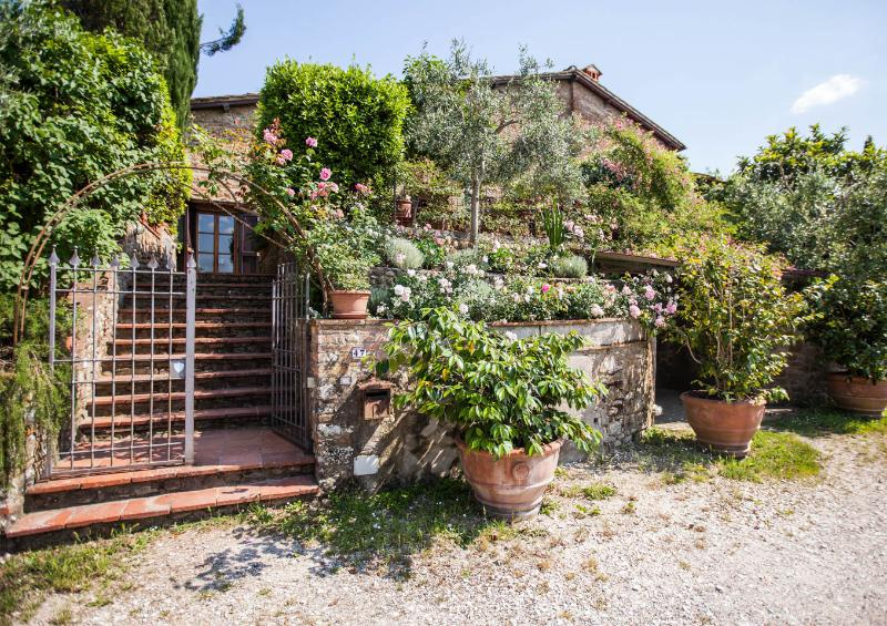 Le Scalette, Enchanting 3 Bedroom Villa in Tuscany - Image 1 - Scandicci - rentals