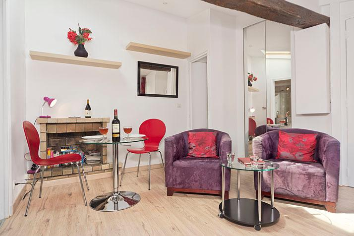 The apartment has been recently renovated along with new furnishings - Lovely Latin Corner Studio - Cute & Affordable! - Paris - rentals