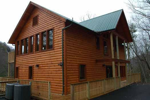Exterior Front View at Rocky Top Lodge - ROCKY TOP LODGE - Sevierville - rentals