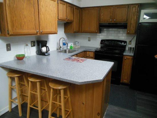 Pico D310 - kitchen - Pico Resort Slopeside Condo D310 - Studio Condo - Walk to Lift & Ski Home To Your Back Door! Sports Center on Premises! - Killington - rentals